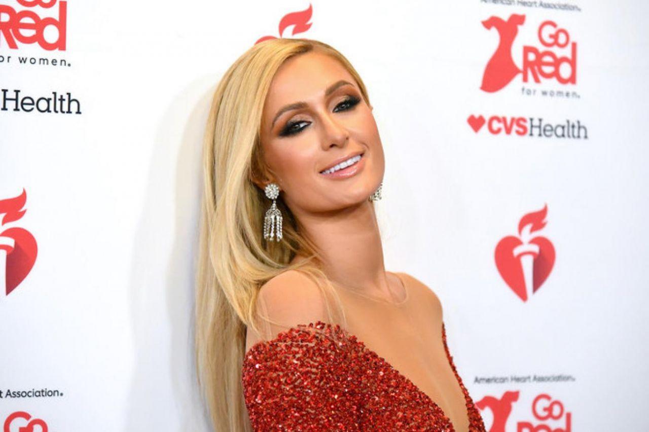 Paris Hilton yıllar sonra itiraf etti! 'Yatılı okulda istismara uğradım!' - Sayfa 2