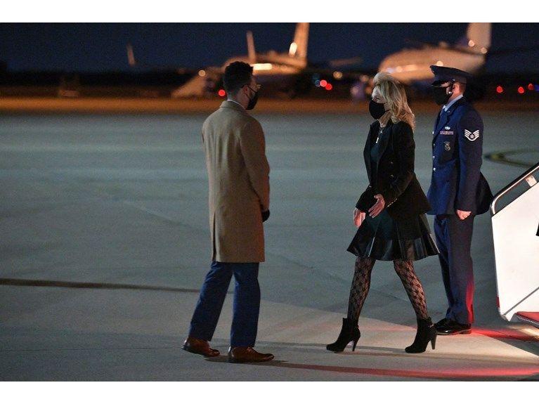 First Lady'nin kıyafeti tartışma konusu oldu! ABD'yi böldü! - Sayfa 3