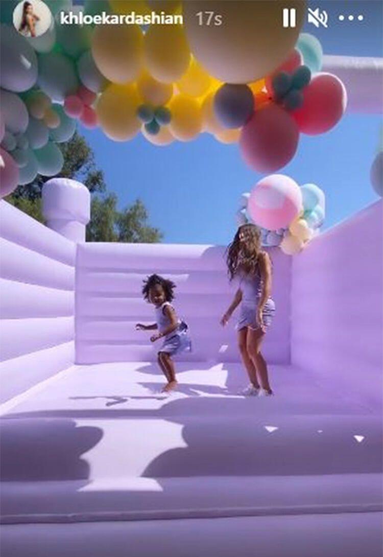 Khloe Kardashian'dan kızına gösterişli doğum günü partisi - Sayfa 1