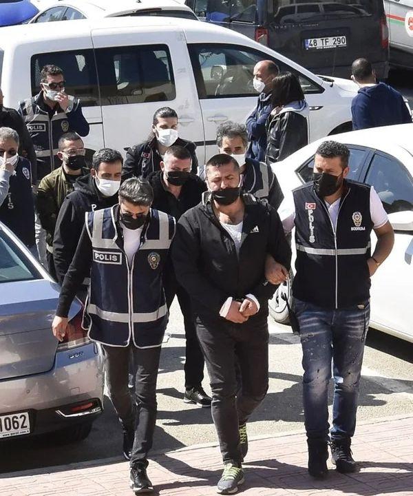 Bodrum'da istenmeyen adam ilan edildi! Mustafa Üstündağ kendisini böyle savundu - Sayfa 4