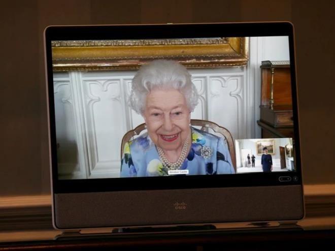 Geçtiğimiz günlerde eşini kaybeden Kraliçe'nin son hâli şaşırttı - Sayfa 3