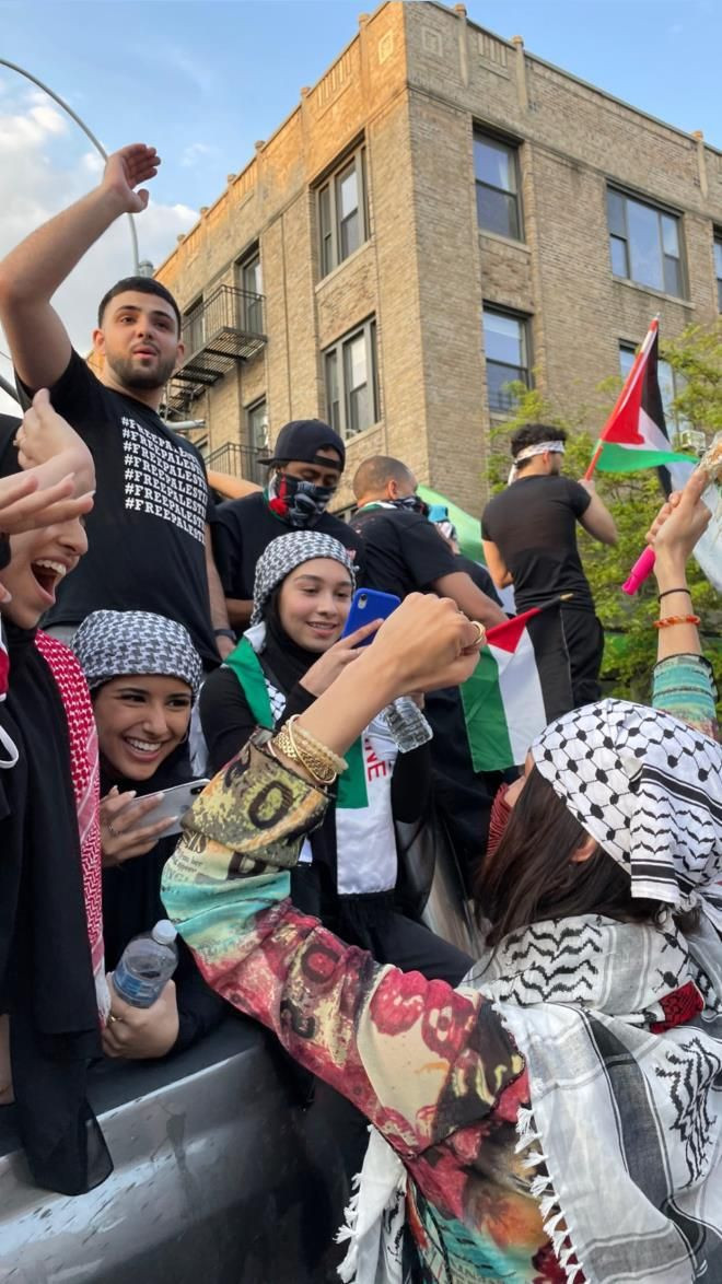 Bella Hadid, İsrail zulmüne dayanamayıp kendini sokağa attı! Amerika sokaklarında Filistin naraları - Sayfa 3