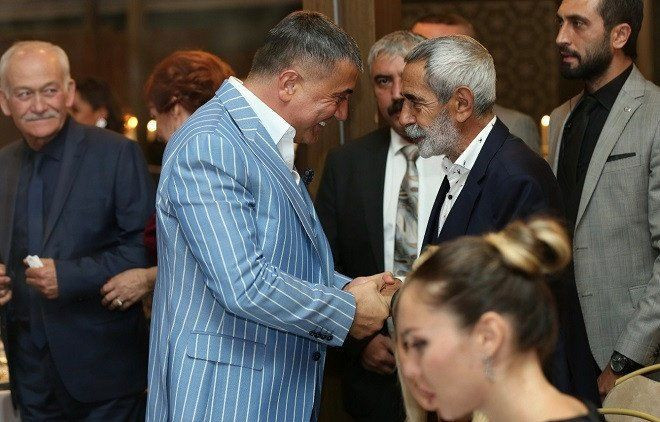 Instagram temizliği yetmedi: İşte Sedat Peker'le fotoğrafı olan 'dostlarım' dediği ünlüler - Sayfa 13
