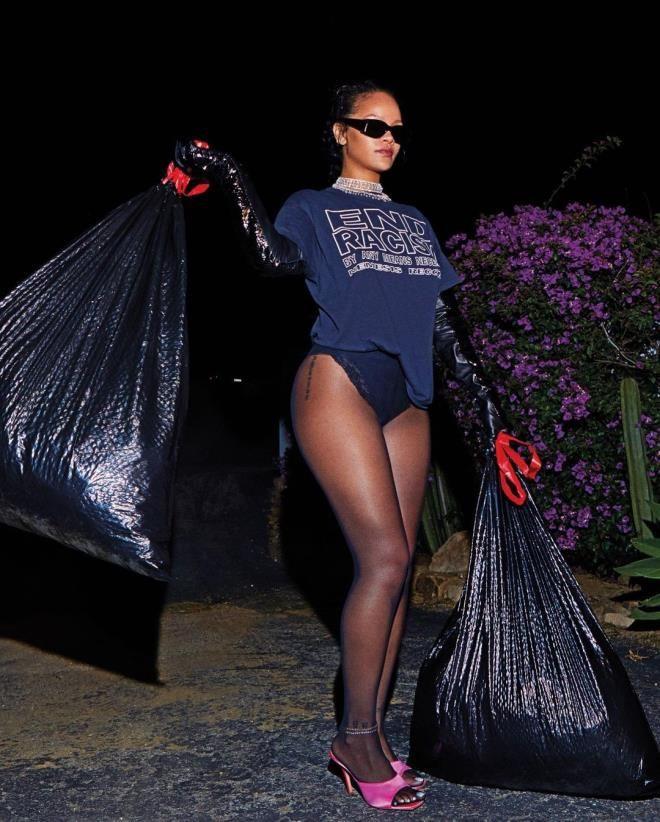 Rihanna iç çamaşırlı fotoğraflarıyla Instagram'ı kasıp kavurdu - Sayfa 2