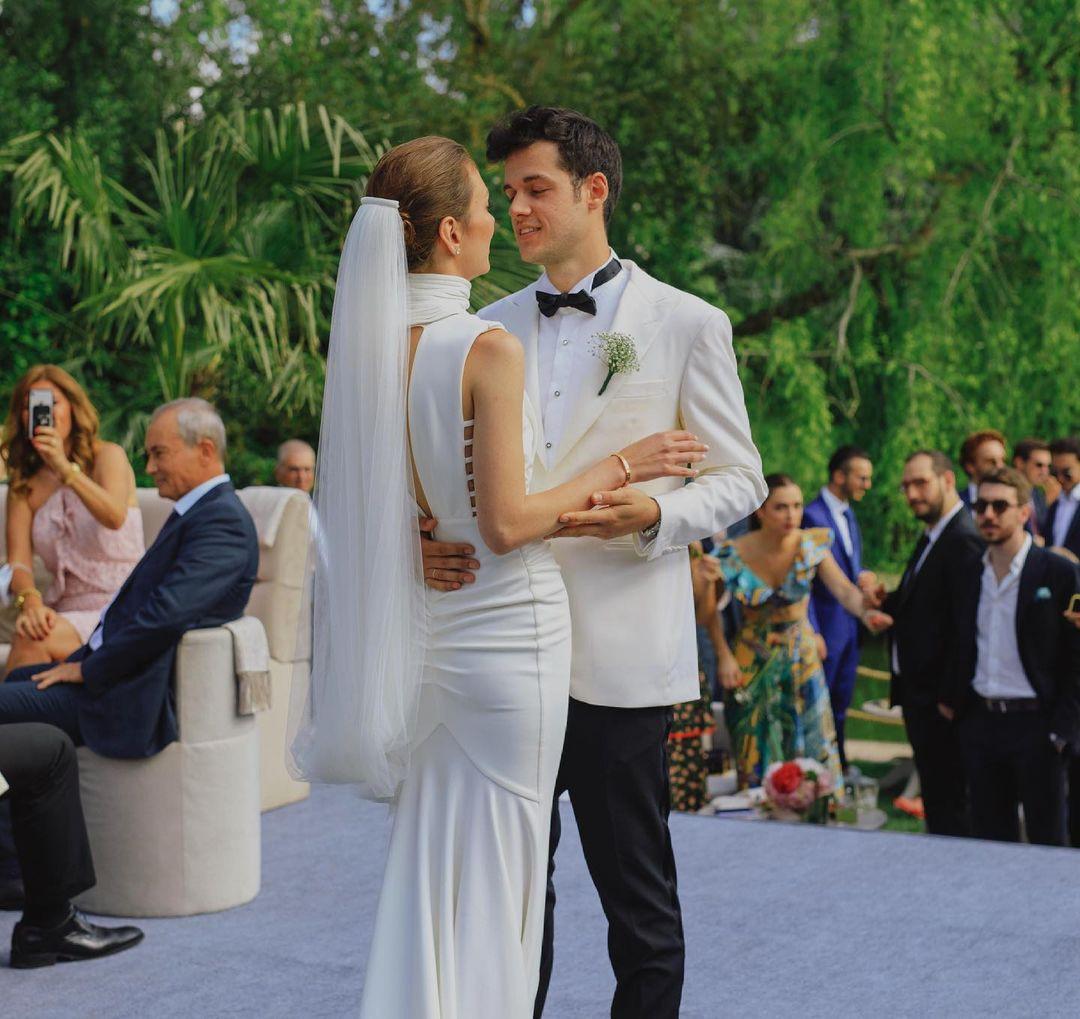 Orkun Işıtmak ile Merve Yorgancılar evlendi! İşte düğünden ilk kareler…
