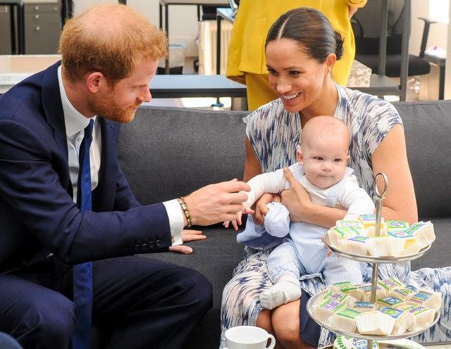 Prens Harry ve Meghan Markle'ın ikinci bebekleri dünyaya geldi! İsimdeki vurgu dikkat çekti
