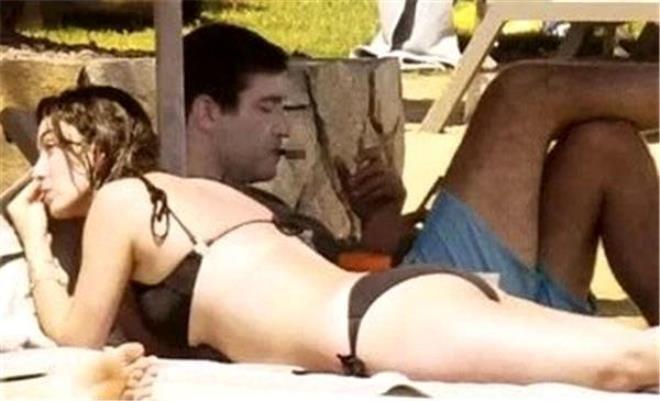 Ünlü oyuncu yaz sezonunu açtı! Sahildeki bikinili pozları olay oldu - Sayfa 2