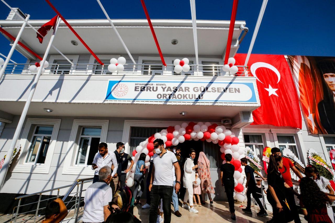 Ebru Yaşar Gülseven Ortaokulu açıldı: 'Mutluluğumuz tarif edilemez' - Sayfa 1