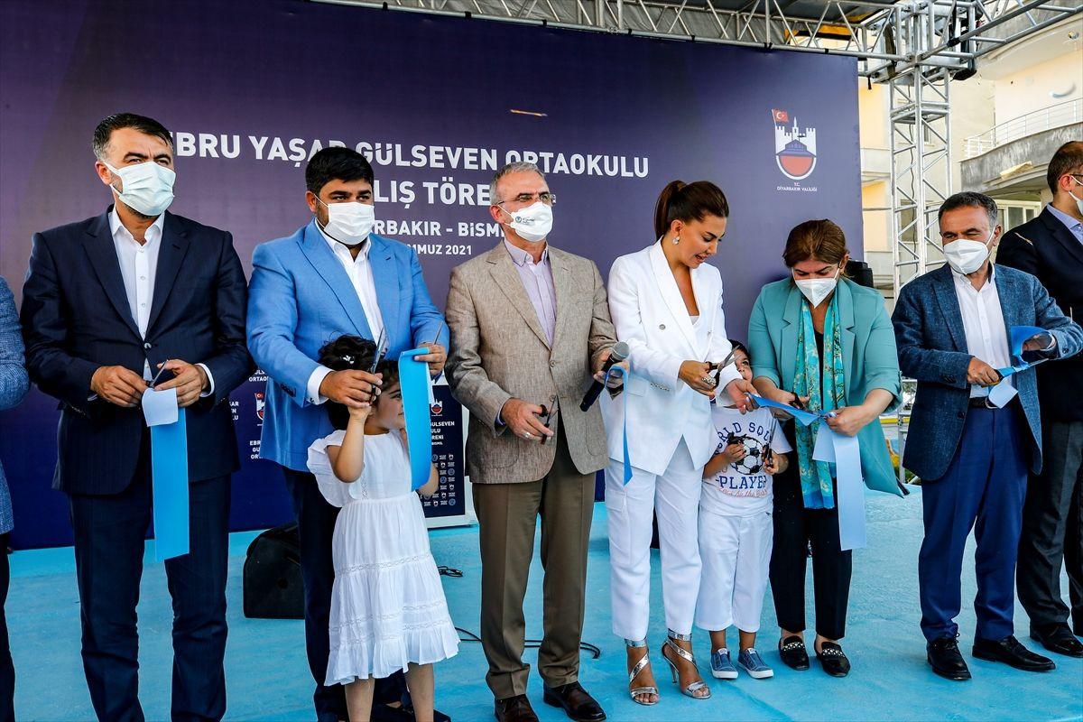 Ebru Yaşar Gülseven Ortaokulu açıldı: 'Mutluluğumuz tarif edilemez' - Sayfa 2