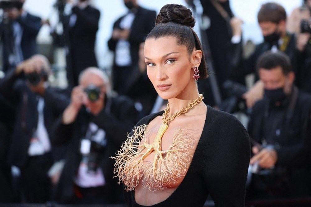 Bella Hadid elbisesiyle Cannes'a damga vurdu - Sayfa 1
