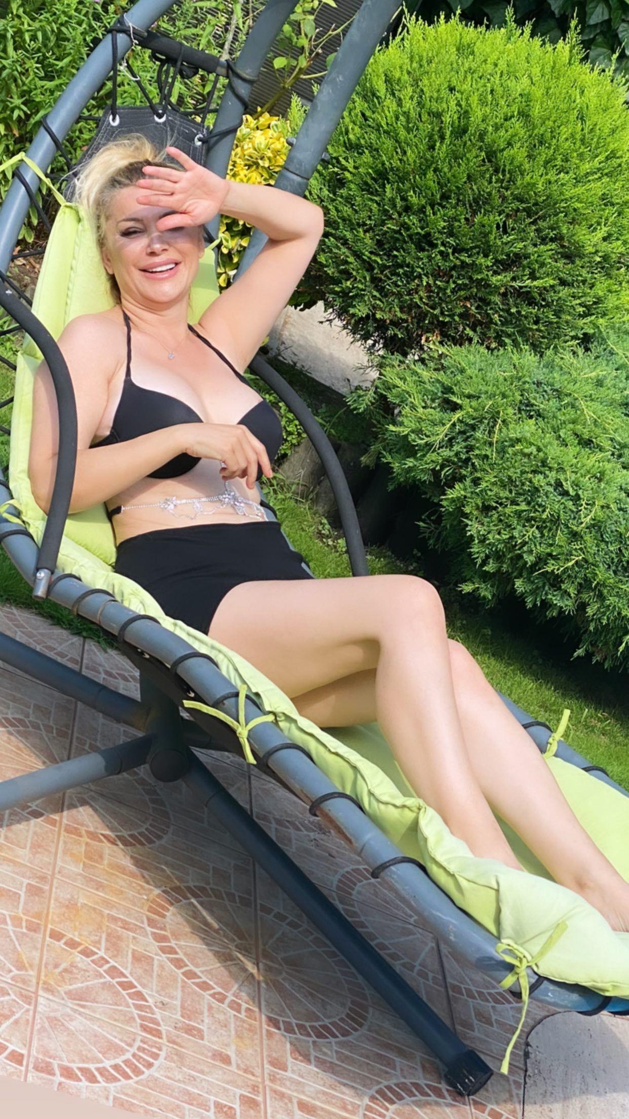 Songül Karlı yaz sezonunu açtı! Bikinili pozlarını peş peşe paylaştı - Sayfa 2