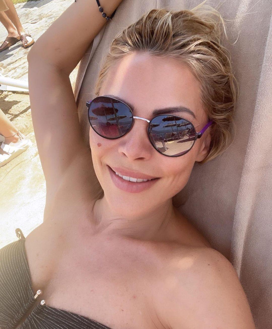 48 yaşındaki Seray Sever'in bikinili pozları olay oldu! Fiziğiyle büyüledi... - Sayfa 3