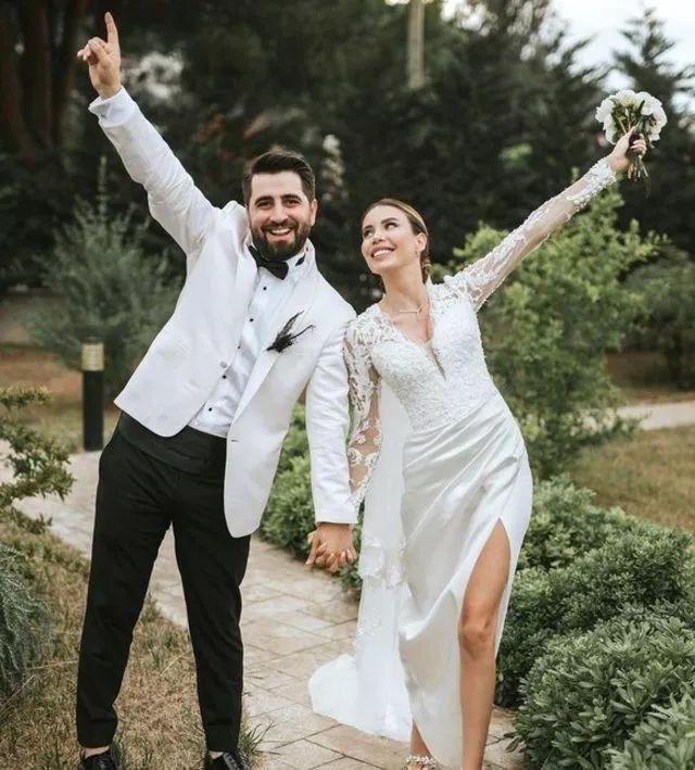 'Biz evlendik' notuyla duyurdu Nikâhtan kareleri paylaştı - Sayfa 3