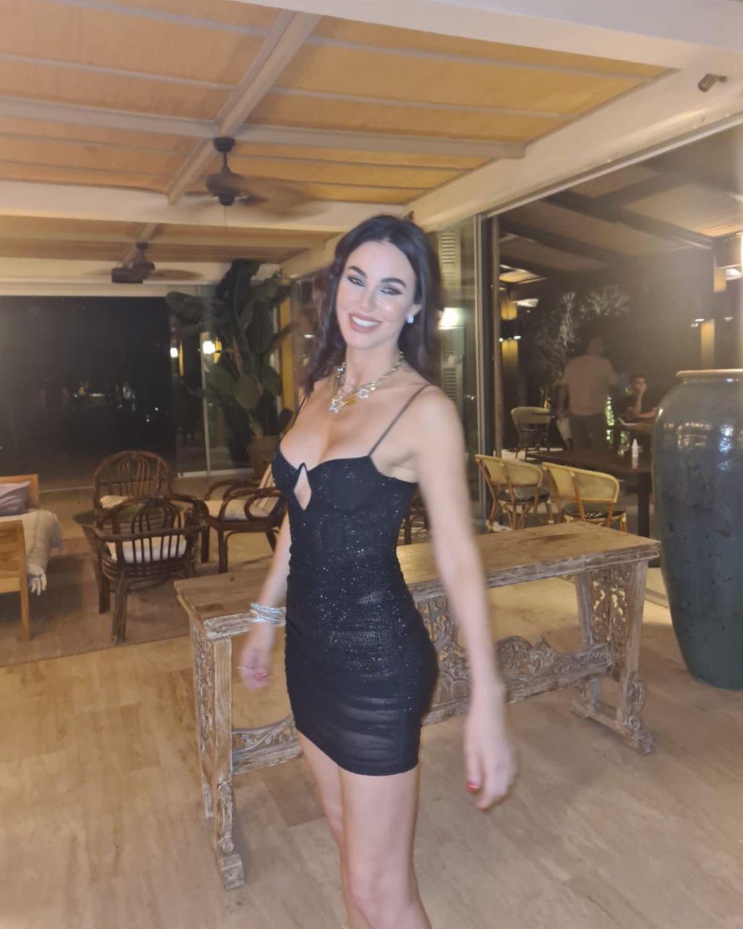Defne Samyeli'nin transparan elbisesi olay oldu! Bir bakan bir daha baktı... - Sayfa 4
