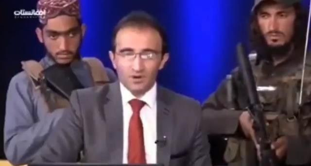Afganistan televizyonunda tarihi anlar: Taliban elinde silahla yayına çıktı - Sayfa 2