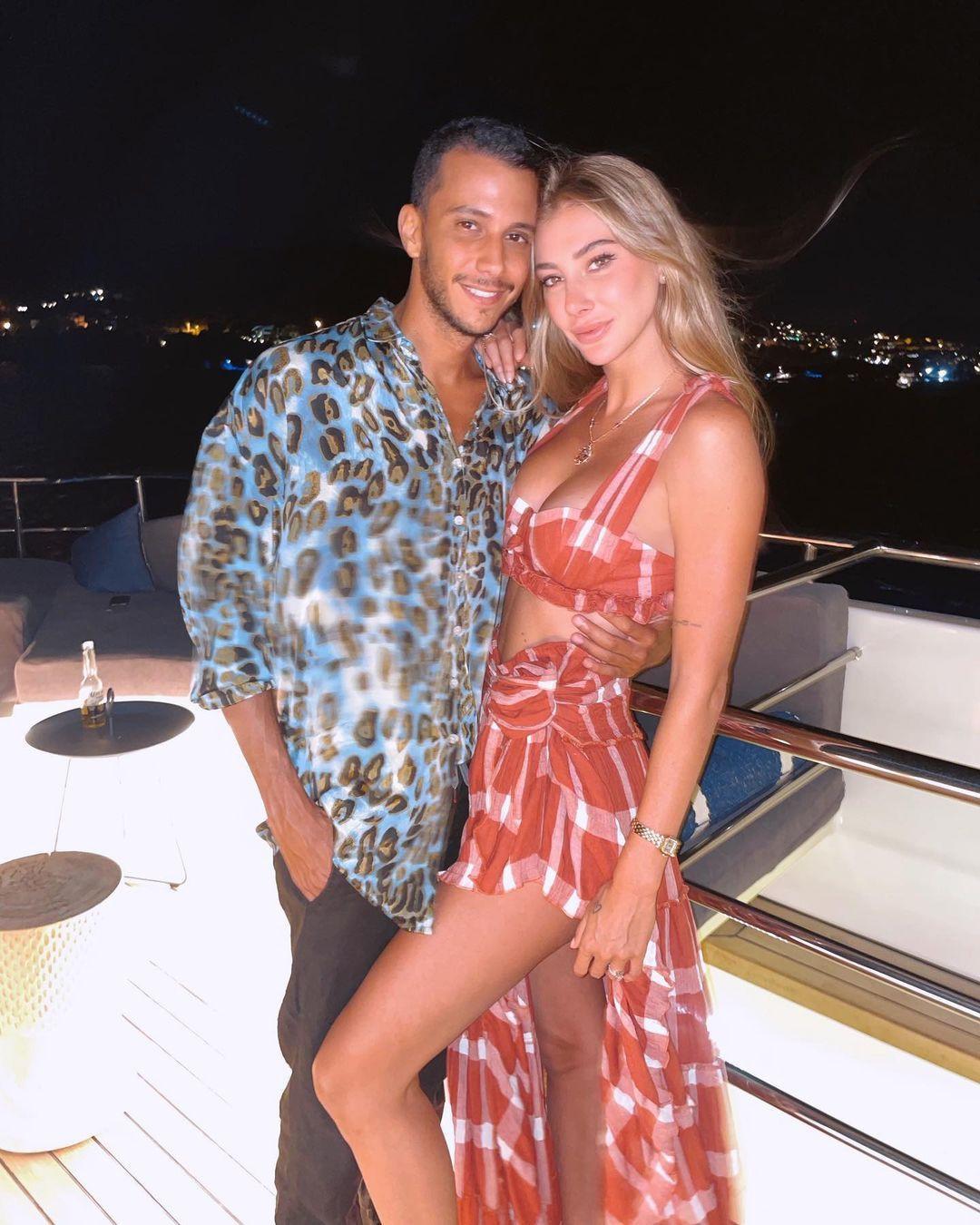 Şeyma Subaşı ve sevgilisi Mısır'da aşka geldi! Plajda öpüştükleri anları paylaştı... - Sayfa 1