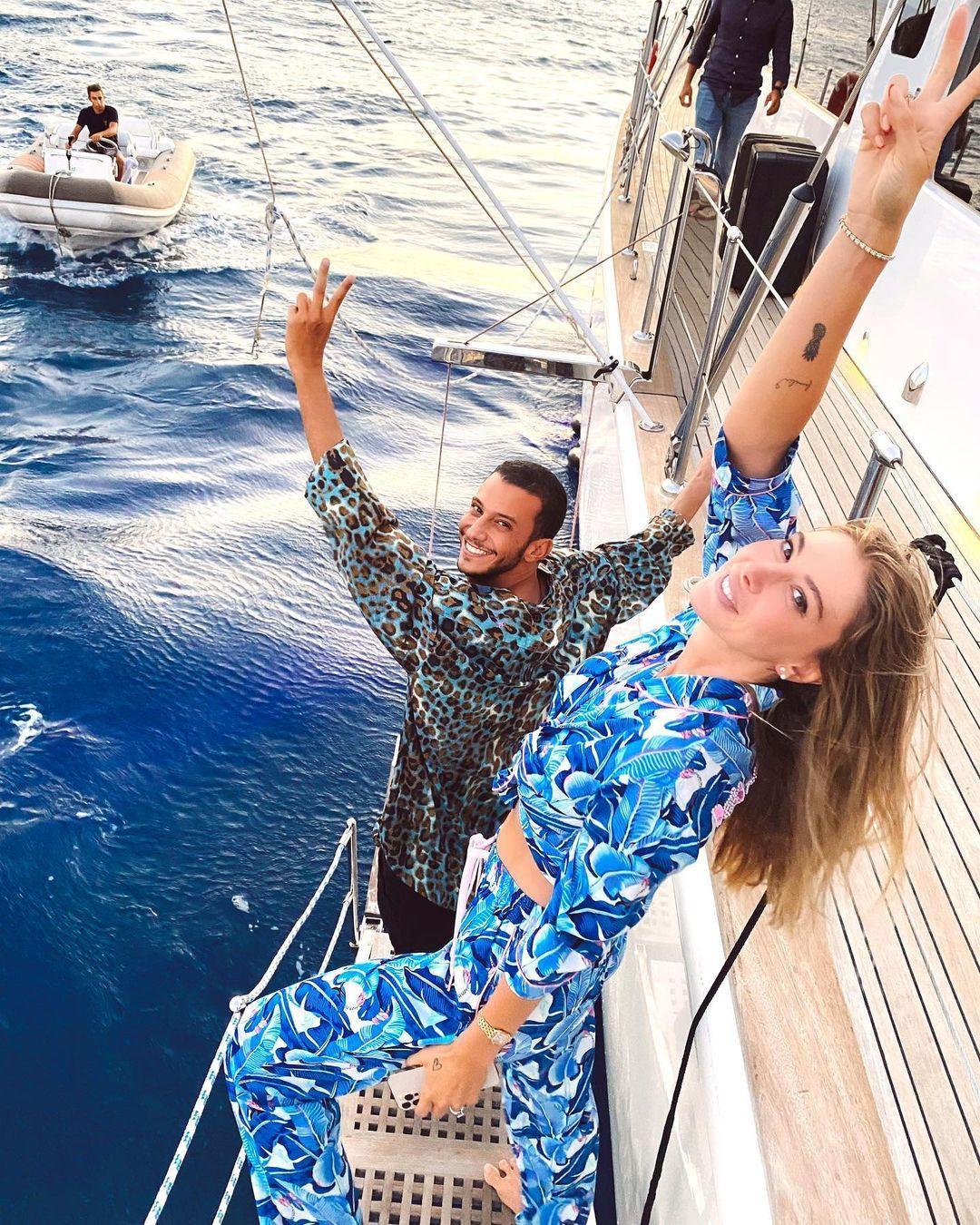 Şeyma Subaşı ve sevgilisi Mısır'da aşka geldi! Plajda öpüştükleri anları paylaştı... - Sayfa 4