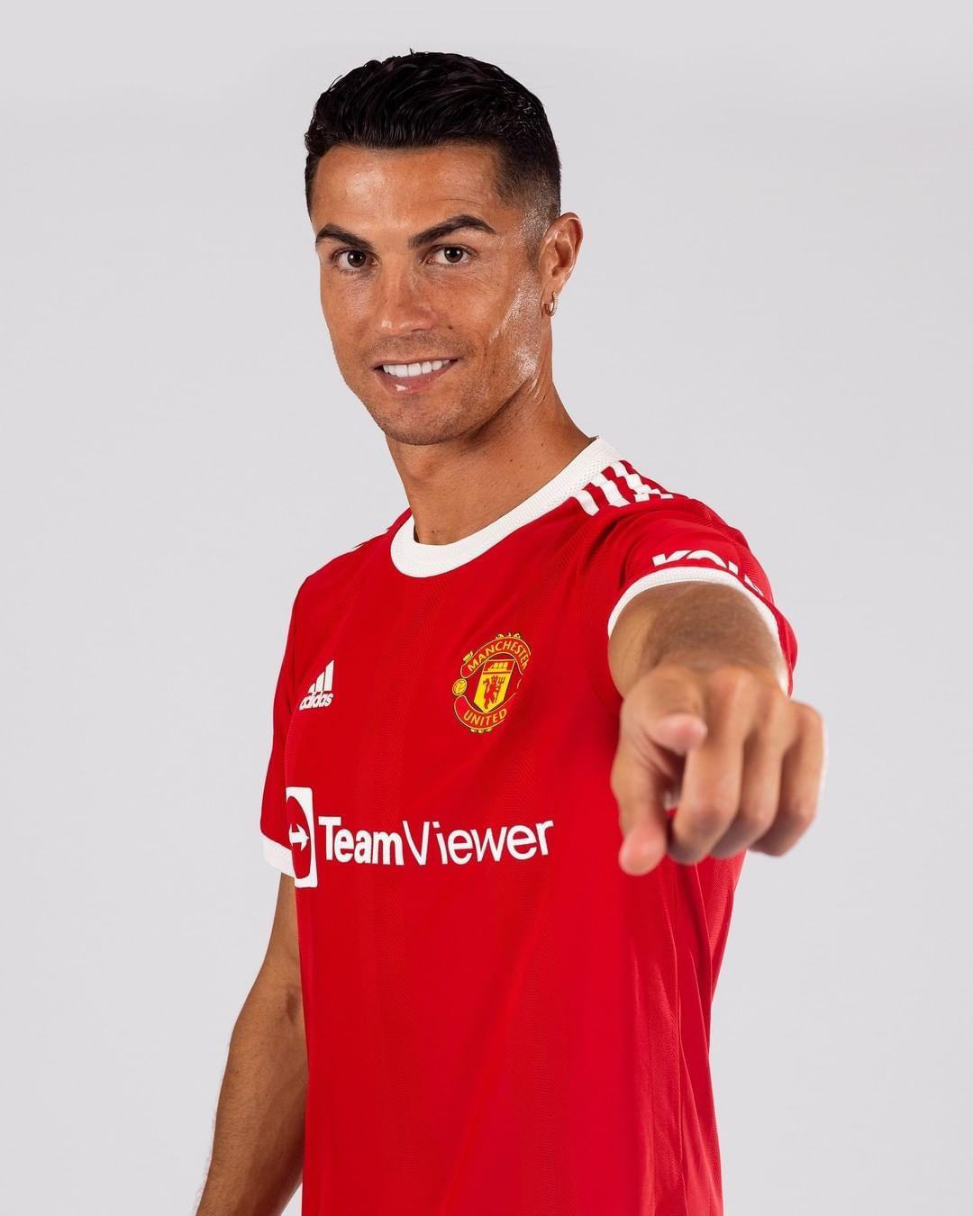 Ronaldo'nun dönüşünü cesur pozlarla kutladı! 'Daha ateşli fotoğraflar paylaşacağım' - Sayfa 2