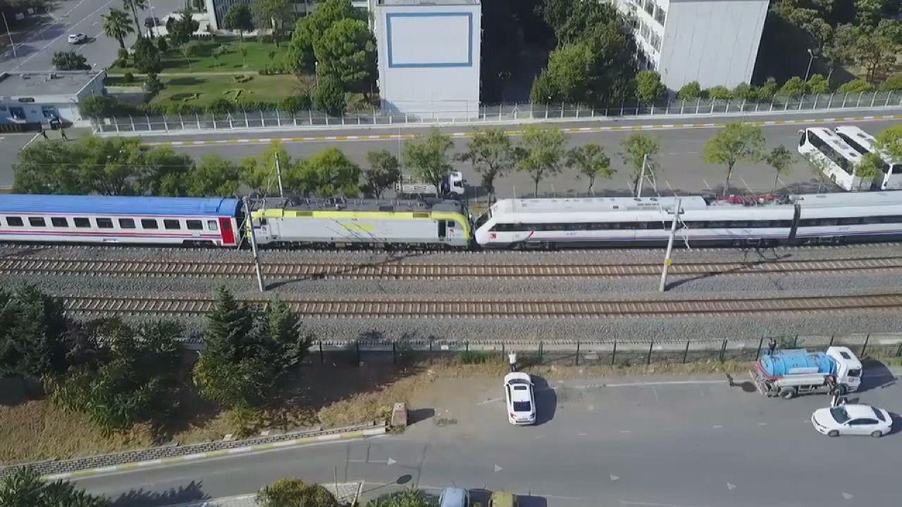 Tuzla'da iki tren kafa kafaya geldi, facianın eşiğinden dönüldü - Sayfa 3
