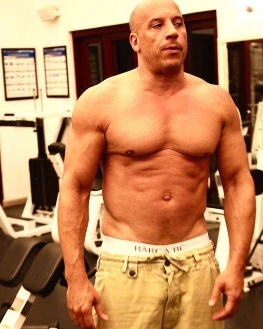 Vin Diesel'in eski halinden eser yok! Hızlı ve göbekli... - Sayfa 4