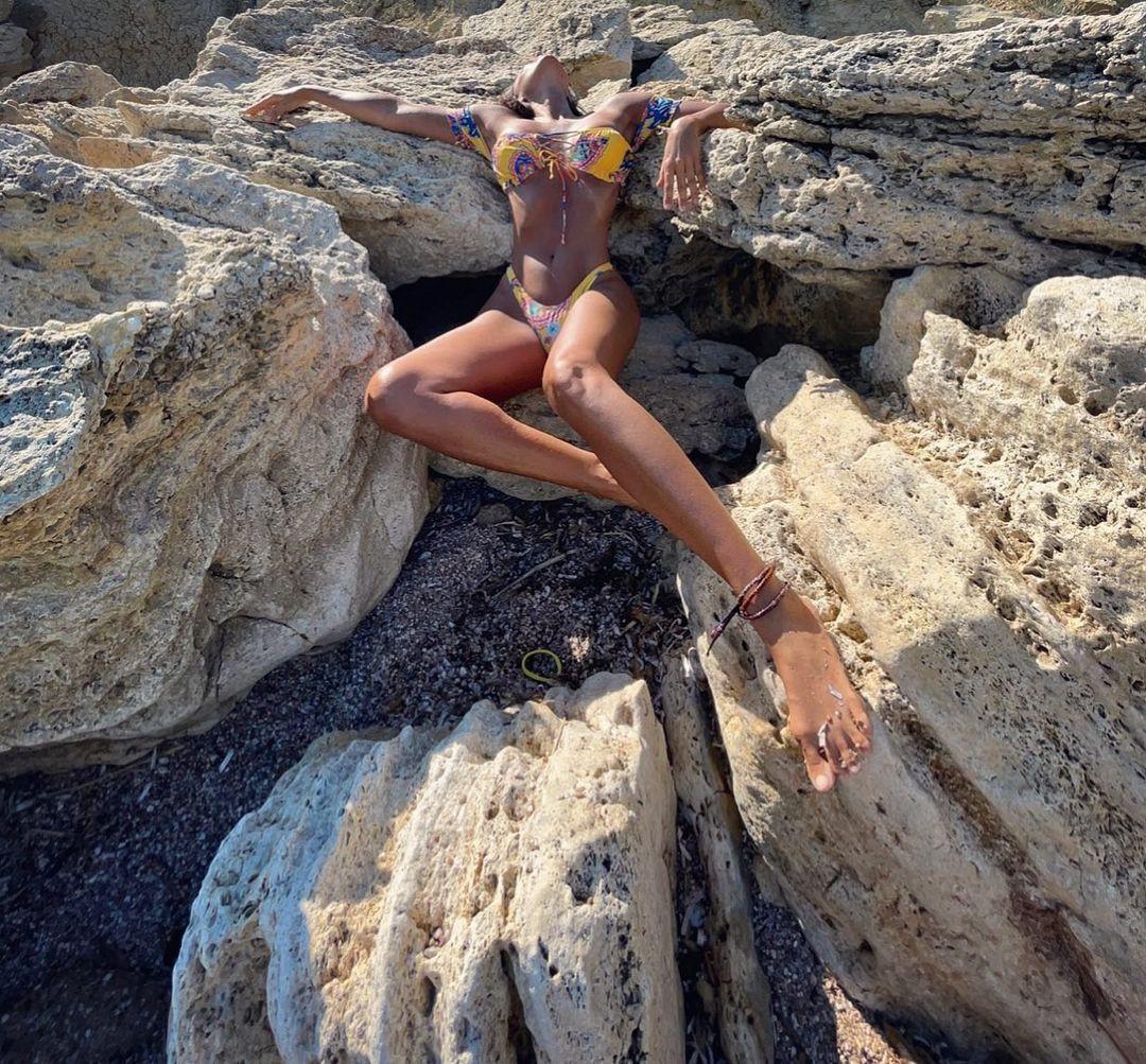 Eda Taşpınar bikinili pozlarıyla olay oldu! Binlerce beğeni aldı... - Sayfa 4