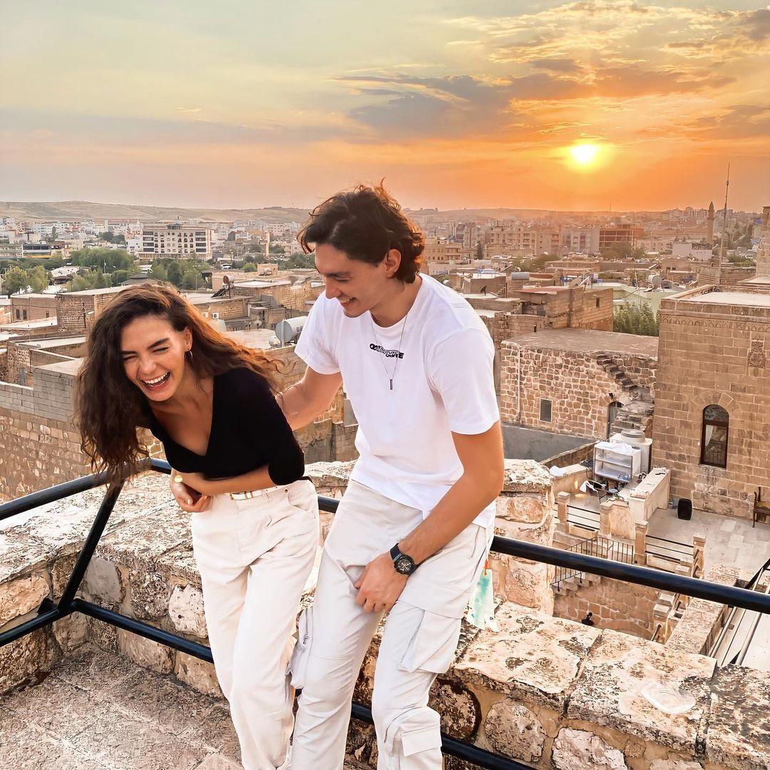 Ebru Şahin ve Cedi Osman evleniyor! Kapadokya'da romantik teklif! - Sayfa 1