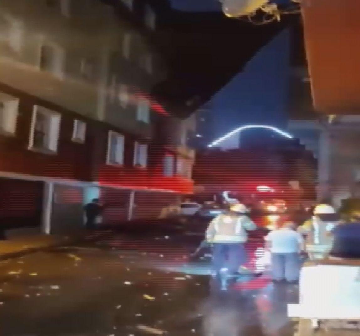 İstanbul'da birçok noktaya yıldırım düştü! 1 kişi yaralandı! - Sayfa 2