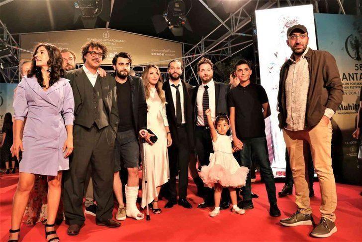 58. Antalya Altın Portakal Film Festivali'nde kırmızı halıda şıklık yarışı - Sayfa 4