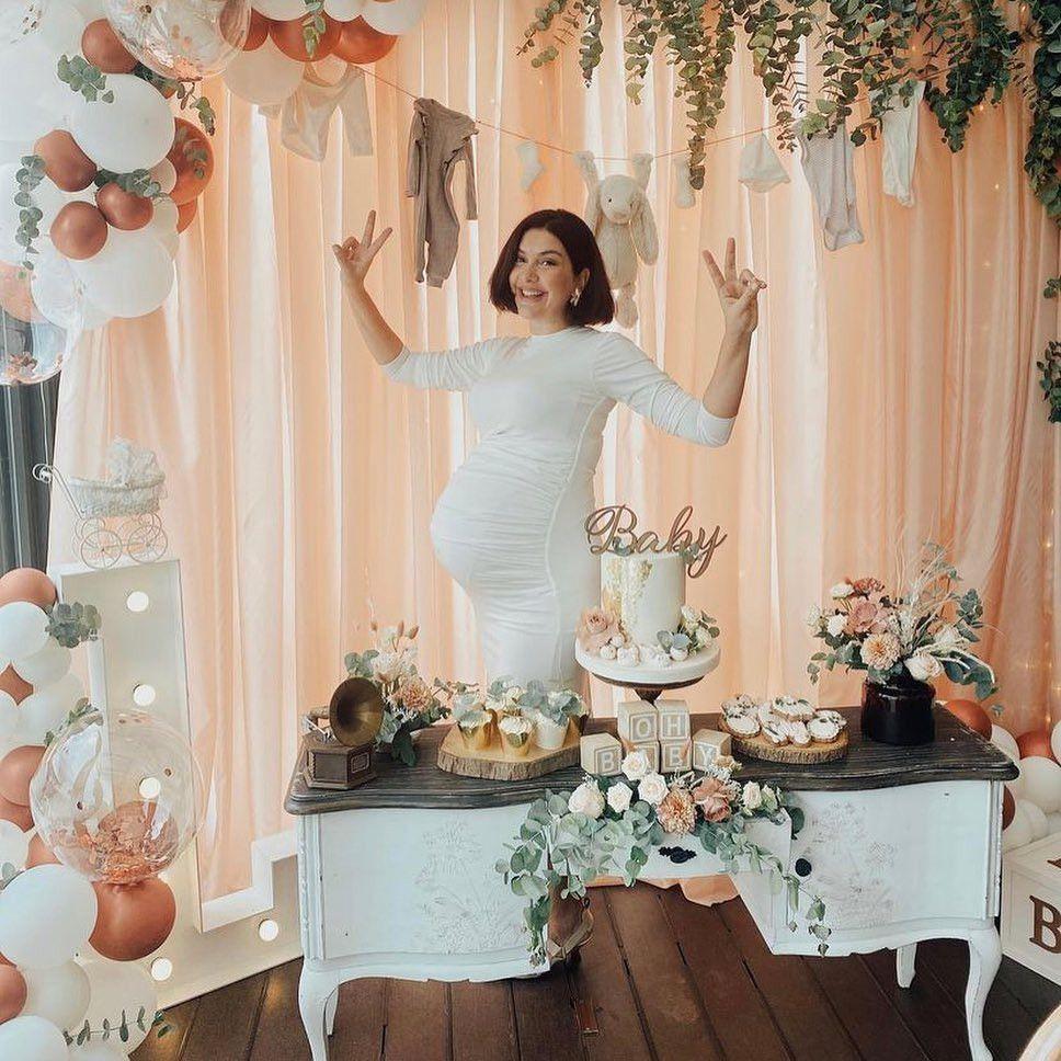 Bergüzar Korel'den kızının doğumuna sayılı günler kala baby shower partisi! - Sayfa 4