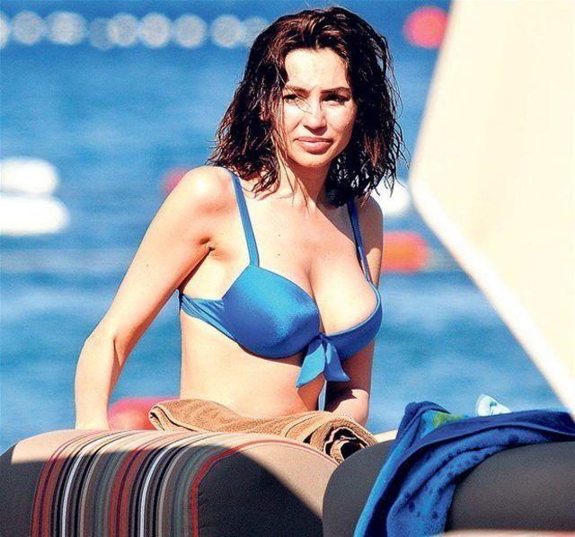 Musayeva, göğüs küçültme ameliyatı sonrası Paris Fashion Week'te boy gösterdi! - Sayfa 4