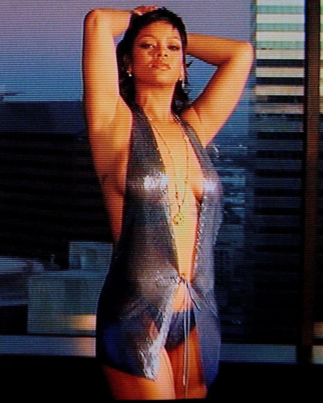 Rihanna yeni iç çamaşırı koleksiyonunu tanıttı! Kendine hayran bıraktı - Sayfa 13