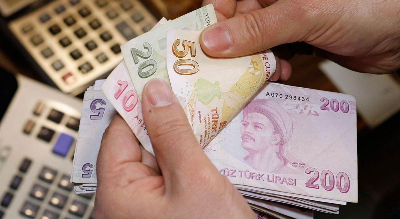 Türk-İş Başkanı'ndan 2022 asgari ücret zammıyla ilgili heyecanlandıran çıkış: 45 yıla bedel olacak - Sayfa 4