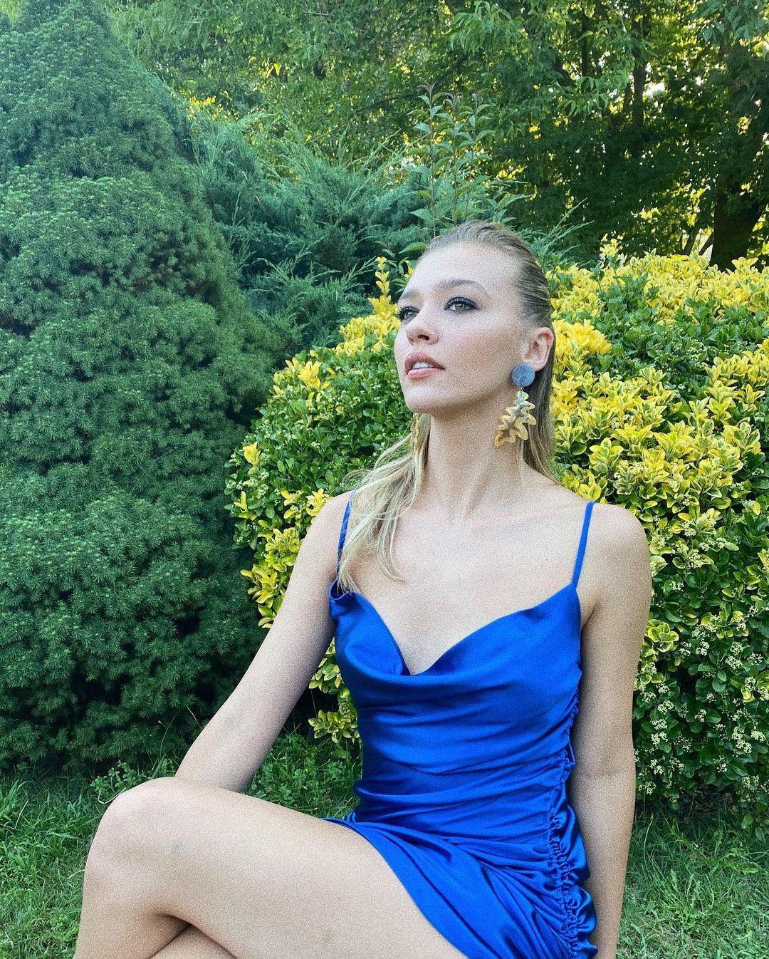 Aşk Mantık İntikam'ın Çağla'sı Melisa Döngel derin göğüs dekolteli poz! Instagram'ı yaktı geçti... - Sayfa 3