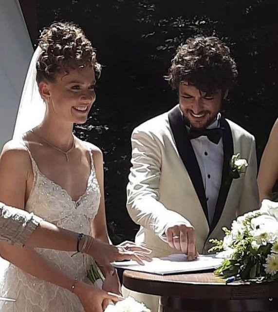 Geçen yaz evlenmişlerdi... Taner Ölmez ile Ece Çeşmioğlu çiftinden müjde! - Sayfa 3