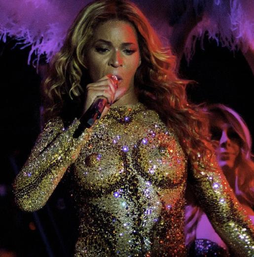 Yılın En Şık Şarkıcısı Beyonce - Sayfa 3