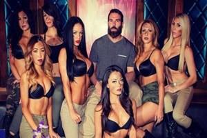 Dan Bilzerian'ın kızları konuştu: Onunla yatmadık