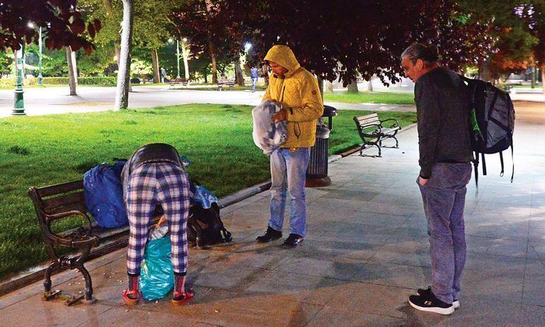 Hürriyet muhabiri sokakta 3 gece geçirdi! - Sayfa 4