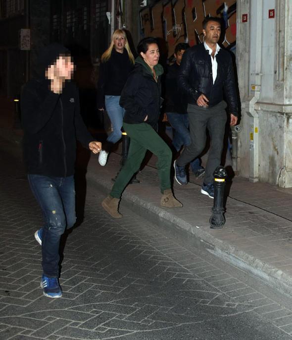Meltem Cumbul'a sokakta taciz! Neye uğradığını şaşırdı - Sayfa 4